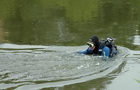 Apvirtus valčiai Drūkšių ežere dingo žvejys