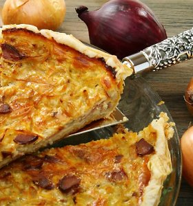 Populiarieji svogūnai: ką dar naujo iš jų pagaminti? 3 netikėti receptai