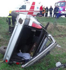 Mirusiųjų atminimo savaitgalį vairuotojai, keleiviai ir pėstieji negyvėlių skaičiaus nedidino