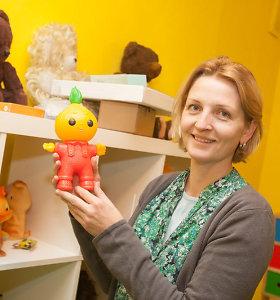 Žaislų žinovė Indrė: 30 metų senumo skalbimo mašinos dabartiniai vaikai nežino – laiko muzikos dėžute