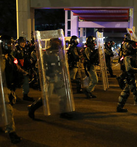 Per spontaniškus protestus Honkonge suimta dešimtys žmonių