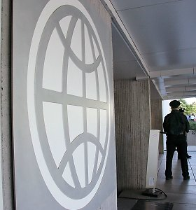 Pasaulio banko vadovas: pasaulio BVP augimo tempas pirmąjį pusmetį nesieks 2,5 proc.