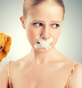 Dietologė apie nuolatinio užkandžiavimo pavojų: nebejaučiamas alkio ar sotumo jausmas, sutrinka organų funkcijos