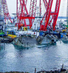 Norvegijoje pradėta nuskendusios fregatos iškėlimo operacija