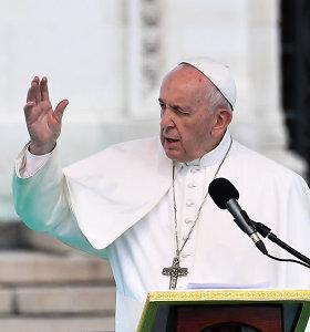 Popiežius Pranciškus pabėgėliams: jūs nešate žmonijos kryžių