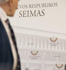"""Seimo darbuotojai paprašė piniginių paskatinimų, bet sulaukė kanclerės """"ne"""""""
