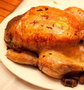 Tobulas paprastumas: sultingas, mangais kvepiantis keptas viščiukas