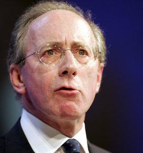 Buvęs JK gynybos ministras: nereikia atsisakyti aukščiausio lygio kontaktų su Rusija