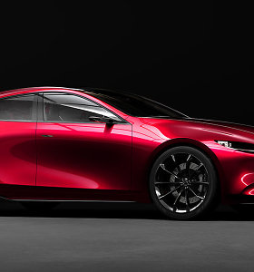 """Tokijuje """"Mazda"""" demonstruoja """"raumenis"""" ir primena savo istoriją"""