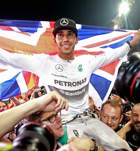 """""""Formulė 1"""" anapus Atlanto: """"Ferrari"""" išgyveno dramą, o L.Hamiltonas 6-tą kartą tapo pasaulio čempionu!"""