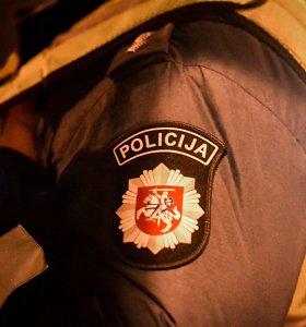 Nepilnametę Mažeikiuose persekiojęs policijos tyrėjas atleistas iš pareigų