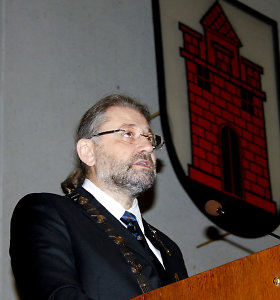 Panevėžio merui R.M.Račkauskui uždrausta lankytis savivaldybės pastate
