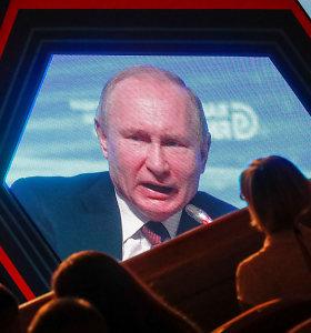 V.Putinas apkaltino Lenkiją sąmokslu su Hitleriu