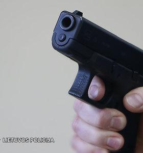 Kaune pistoletu grasinta nepilnamečiams – paaugliai apkaltinti vagyste