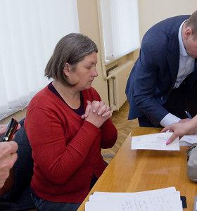 Dukrą po avarijos prieš 6 metus palaidojusią motiną pasivijo Varėnos teismo nuosprendis: nekalta