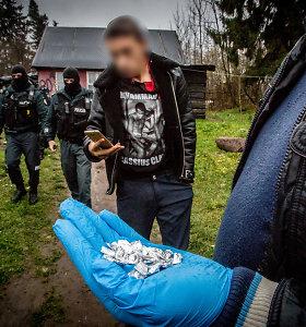 Vilniuje, netoli taboro, sulaikytas vyras su 16 lankstinukų narkotikų
