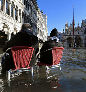 Venecijai gresiant naujo potvynio pavojui, vėl uždaryta Šv.Morkaus aikštė