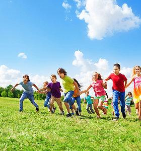 """""""Omniva"""" ir SOS vaikų kaimai Lietuvoje kviečia prisidėti prie 1000 džiaugsmų akcijos"""