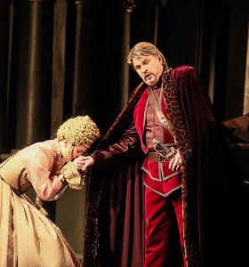 """Laiko pagrobti ir (ne)išlaisvinti: apie operas """"Elenos pagrobimas"""" ir """"Radvila Perkūnas"""""""