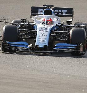 """Iš ko pagamintas """"Formulės 1"""" vairas ir kam reikia tiek mygtukų?"""