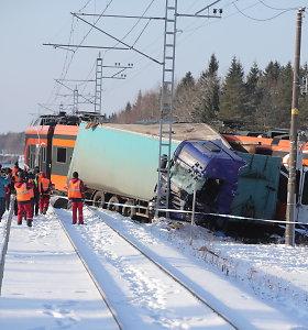 Estijoje traukiniui susidūrus su sunkvežimiu sužeisti 9 žmonės