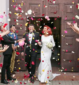 Kubietiškos vestuvės: salsos šokėja Sandra Saikauskaitė ištekėjo už kariškio Tomo Lukaševičiaus
