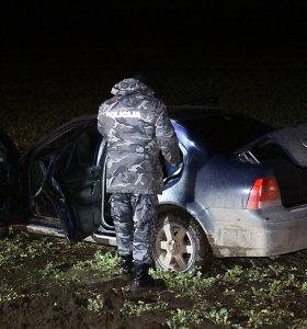 Panevėžio rajone bandymas sulaikyti įtariamą brakonierių baigėsi avarija ir muštynėmis