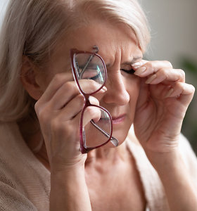 Užkritę akių vokai: ne tik apsunkina asmeninį gyvenimą, bet ir lemia rimtų sveikatos sutrikimų