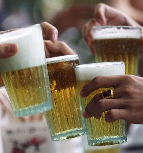Atsisakiusių alkoholio senatvėje laukia silpnaprotystė?