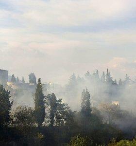 Gaisrai Kroatijoje suvaldyti, Juodkalnijoje – tebeplinta