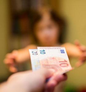 Vaiko pinigai didėja iki 50 eurų