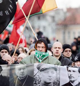 """Tradicinėse tautininkų eitynėse skambėjo šūkis """"Lietuva – lietuviams"""""""