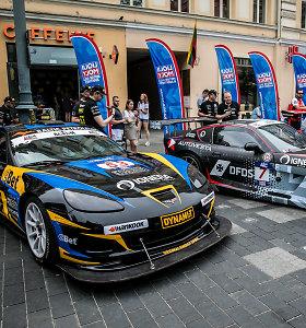 """Praskleista """"Aurum 1006 km lenktynių"""" uždanga: Palangoje dominuos galingi automobiliai"""