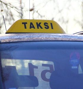 Jonavos rajone sužalotas taksistas – jį užpuolė peiliu grasinęs keleivis