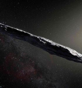 """Netikėta: tarpžvaigždinį asteroidą Oumuamua gaubia organinių medžiagų """"kailiniai"""""""