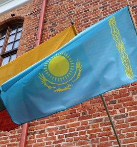 """Kazachstano ambasadoriaus V.Temirbayevo pasiūlymas: """"Statykite gamyklas pas mus, o produkciją realizuokite kaimyninėse šalyse"""""""