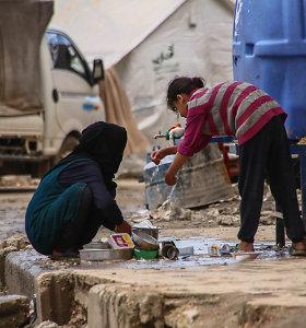 Pandemija be vandens, muilo ir savo erdvės: karo nuvarginta Sirija bijo koronaviruso
