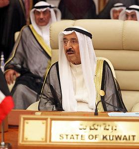 Kuveito valdytojas paguldytas į ligoninę, atšaukė susitikimą su D.Trumpu