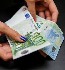 Verslas viruso padarinius siūlo švelninti mažinant PVM, leidžiant obligacijas