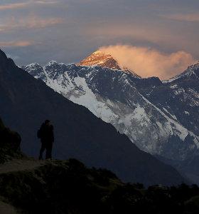 Everesto viršūnėje mokslininkai aptiko mikroplastiko. Kaip jis ten atsidūrė?