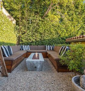 """""""Breaking Bad"""" žvaigždė Aaronas Paulas pardavė namus Los Andžele"""