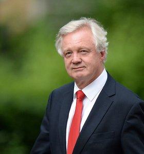 """D.Davisas: Jungtinė Karalystė nesileis spaudžiama Europos Sąjungos dėl """"Brexit"""" termino"""