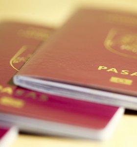 Ar jums reiktų antro paso? Valdantieji grįžta prie idėjos, bet kaina gali būti per didelė