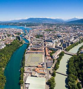 """ES turėtų išbraukti Šveicariją iš """"pilkojo"""" mokesčių rojų sąrašo"""