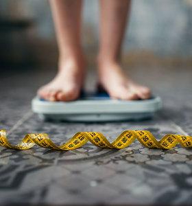 Ne tik paauglių problema: valgymo sutrikimai kankina ir vidutinio amžiaus moteris