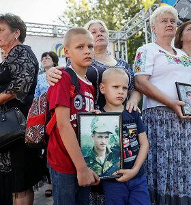"""Karui Ukrainoje užbaigti siūloma """"Steinmeierio formulė"""": kodėl Kijevas prieštarauja?"""