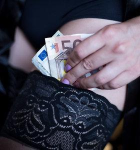 Šiaulių policininkai atsiliepė į pašėlti kviečiančius skelbimus ir aplankė prostitutes