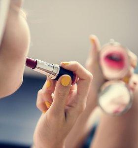 Paauglės veido oda: ką daryti su spuogais ir kokia kosmetika yra tinkama?