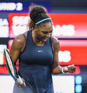 Serena Williams užtikrintai įveikė pirmą varžovę Toronte