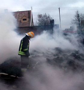 Ukmergės rajone gaisras siaubė Vidiškių miestelį